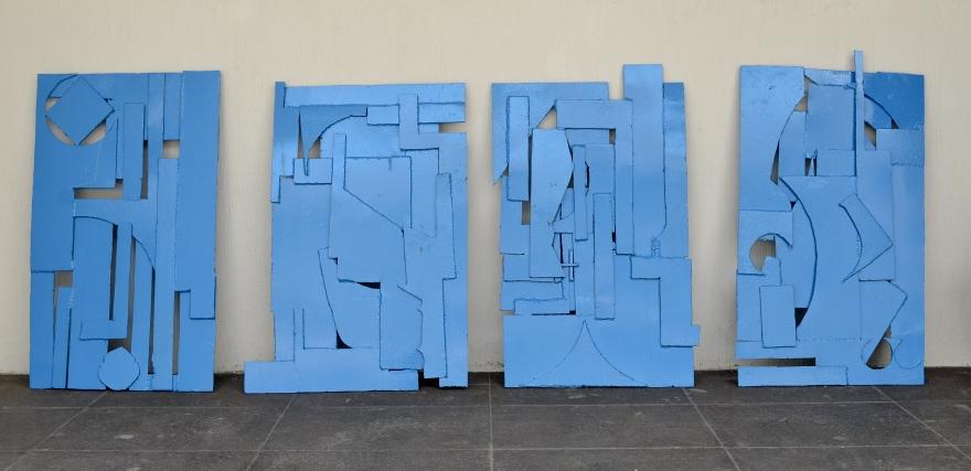 Desecho azul de Rodrigo González Castellanos